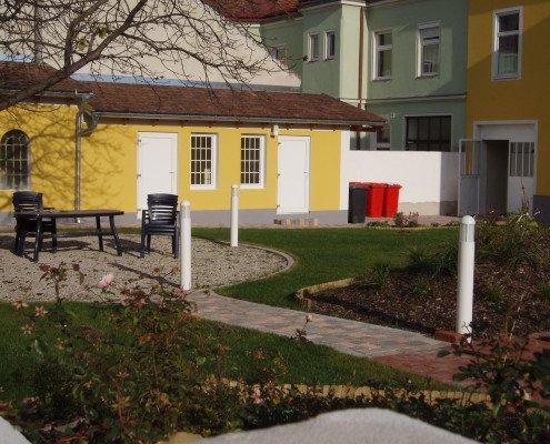 Pflasterarbeiten, Raysenanlage und Nebengebäude neu