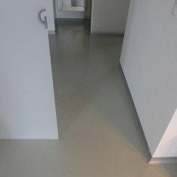 Epoxiharzböden in garegen und Wohnungen