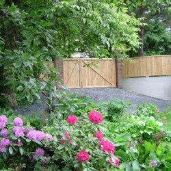 Lärchenholz in der Gartengestaltung