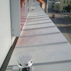 Ultraschallabwehrgeräte in definierten Abständen zum Taubenschutz