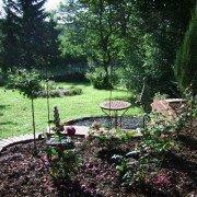 Garten in Hanglage - Sitzplatz mit Überblick
