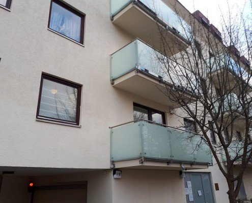 Komplettsanierung, Abdichtungen, Vollwärmeschutz, Balkone und Beläge