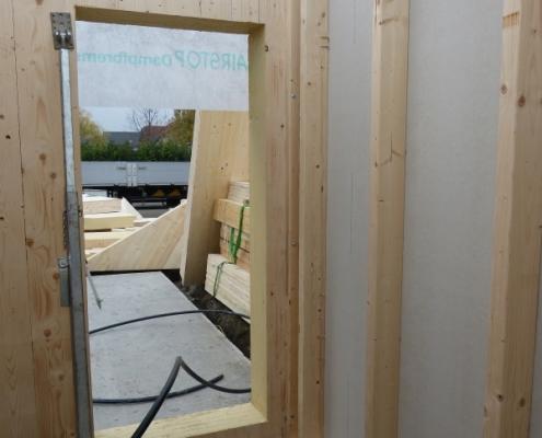 Nachhaltig mit Massivholz Bauen - Anschluß Innenwände