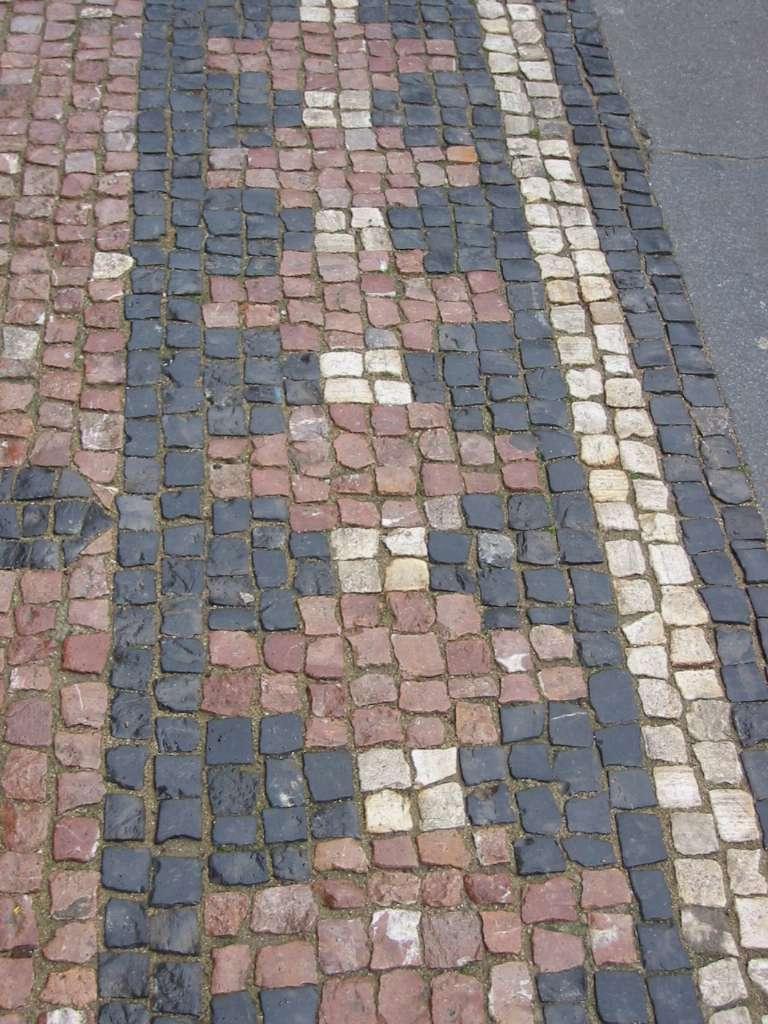 Terrasse mit Mosaik pflastern
