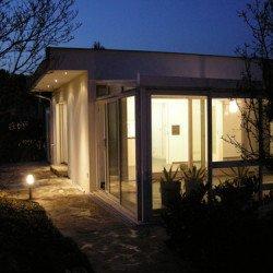 Gu bei der Erweiterung eines Kleingartenhauses durch Glaszubau